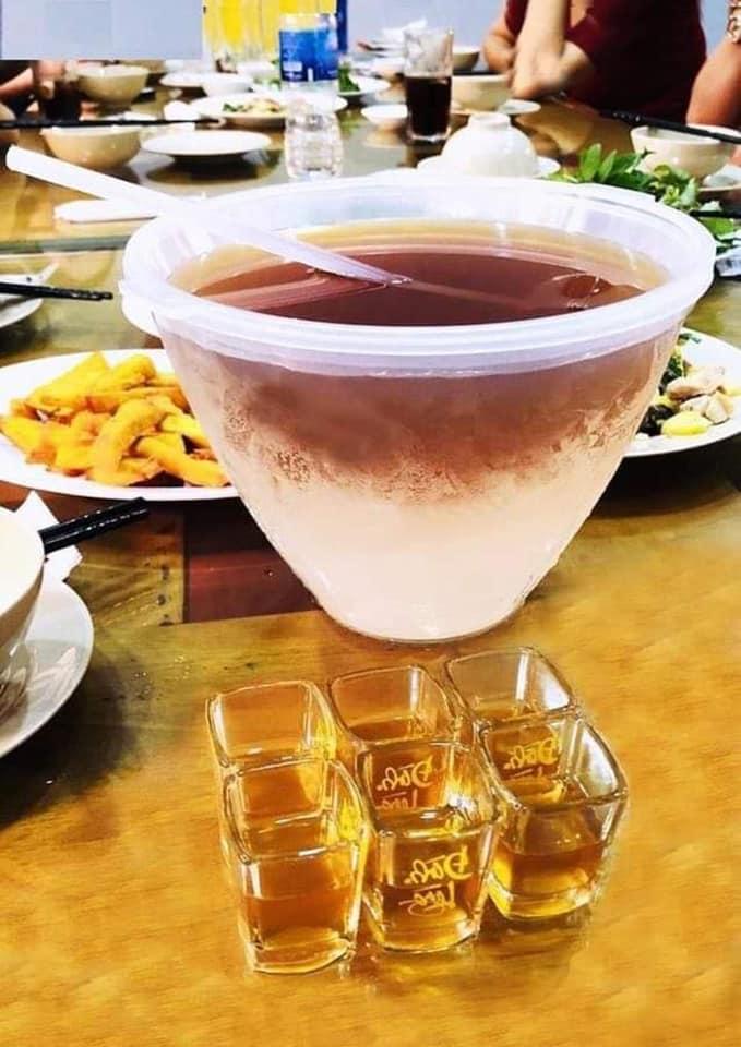 Bát ướp lạnh rượu, đồ uống