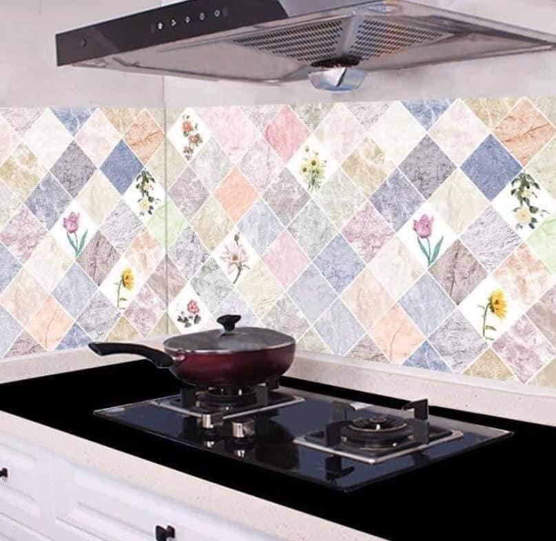 Cuộn giấy hình dán bếp (60cmx3m)