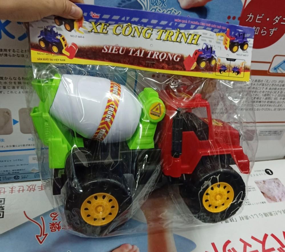 Xe tải - xe trộn bê tông