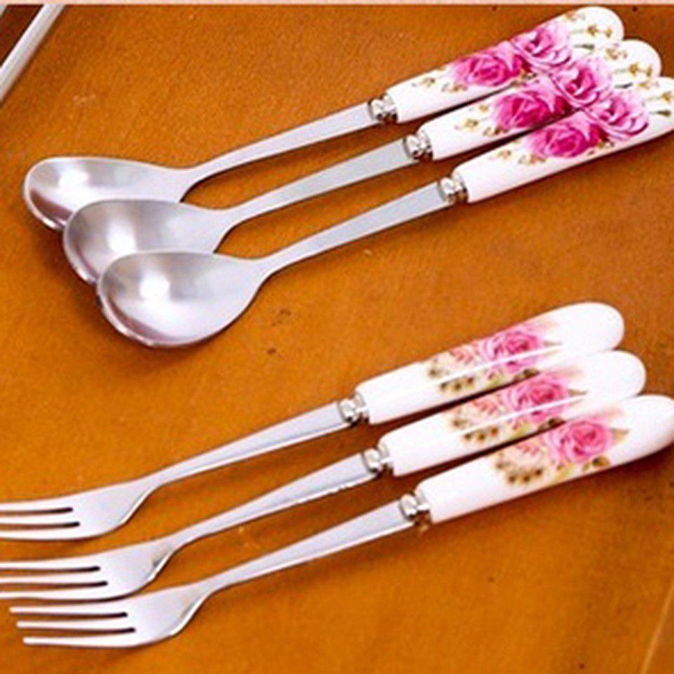Thìa hoặc dĩa sứ
